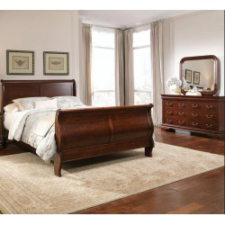 Carriage Court Bedroom w/ Sleigh Bed